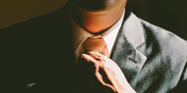 伸び悩む売上は、営業チームの力で解決。エクセル管理からの脱却や、テレアポ効率化の事例を紹介!